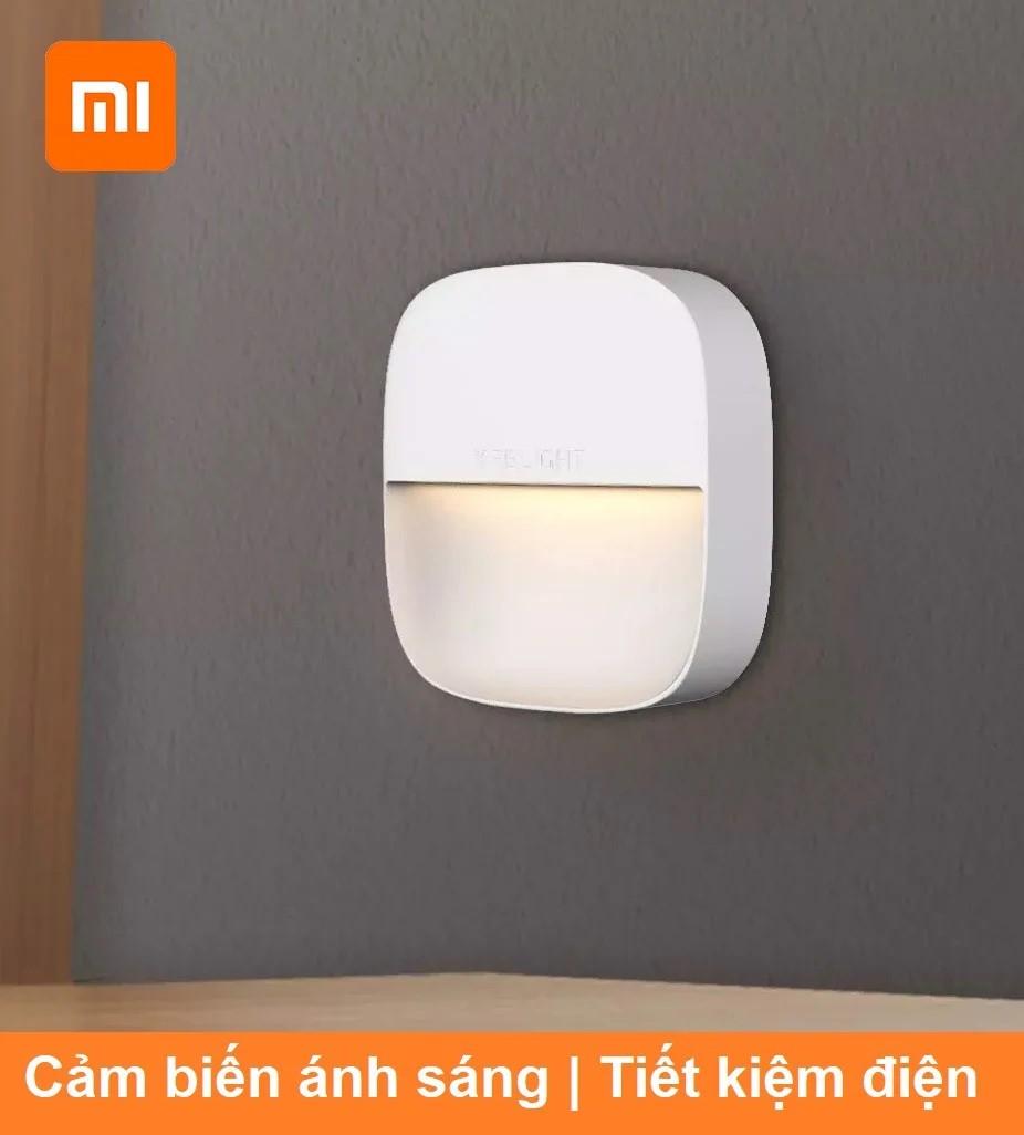 Đèn ngủ cảm biến sáng Xiaomi Yeelight dạng cắm